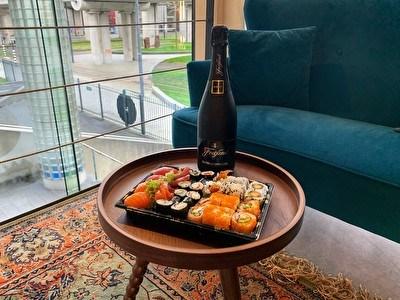 Sushi & Prosecco
